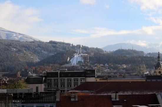 Sicht von Innsbruck auf die Bergisel