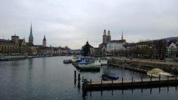 Sonntag in Zürich - Unter der Nebeldecke
