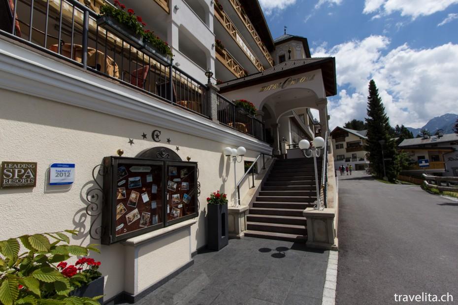 Eingang Hotel Cervosa