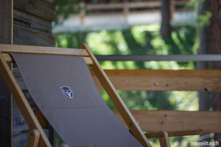 Liegestuhl auf dem Balkon Hotel Cervo