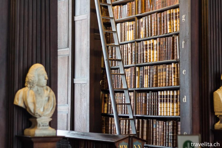 Dublin_BookofKells_3
