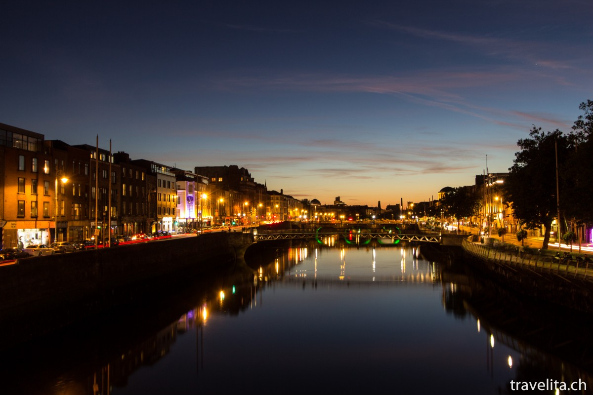 Travel Tuesday Snapshot – Dublin by night