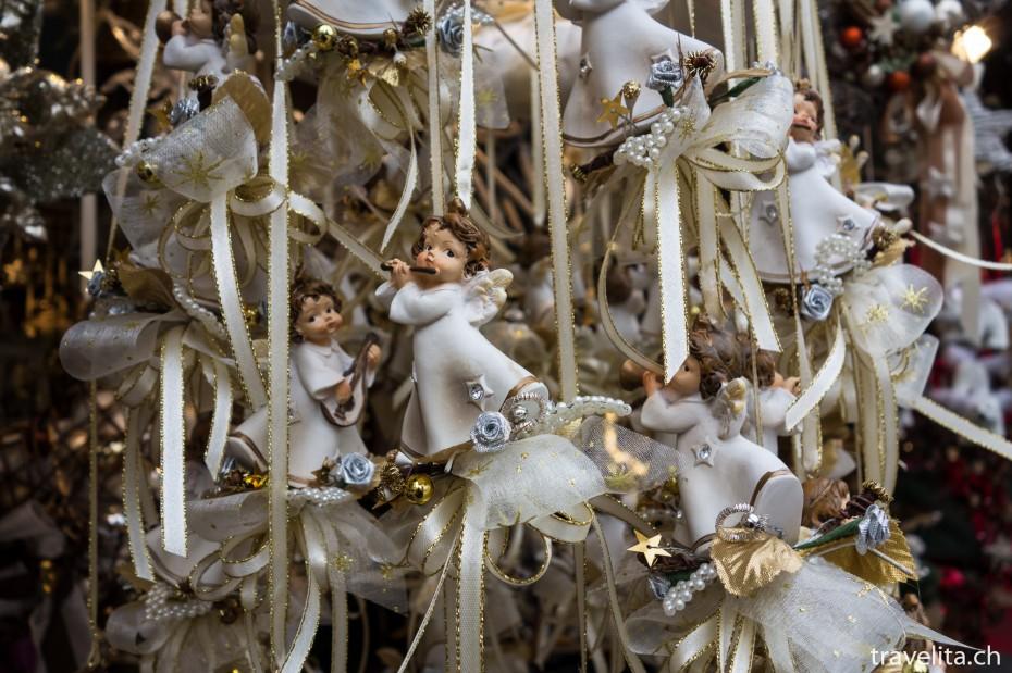 Engeln am Weihnachtsmarkt