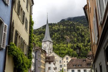 Auf historischen Pfaden ins Tessin - Von Chur nach Bellinzona