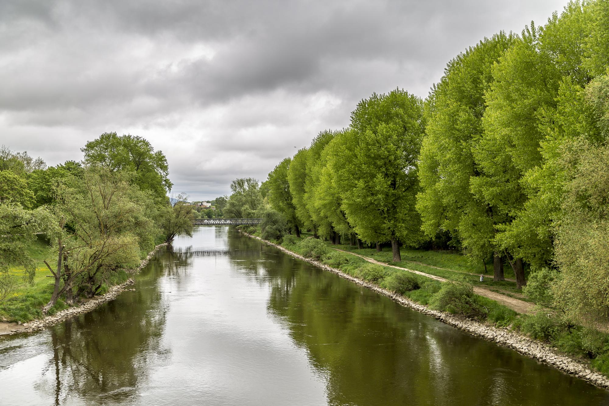 welcher fluss fließt durch regensburg