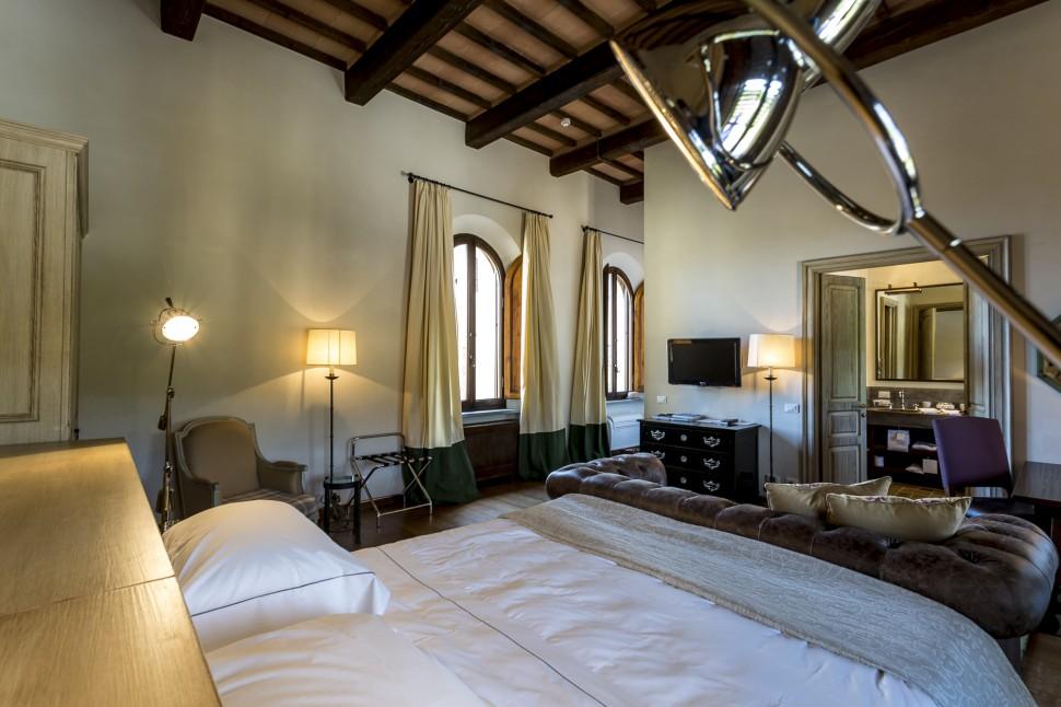Castel-Monastero-Executive-Suite-1