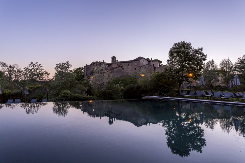 Castel-Monastero-Pool