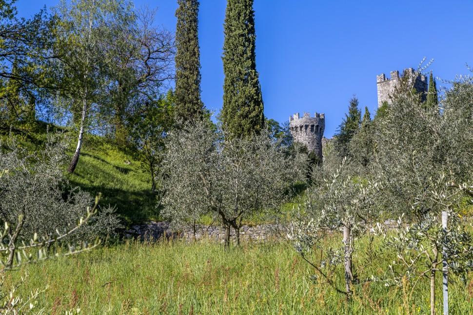 Comersee-Castello-di-Vezio-1