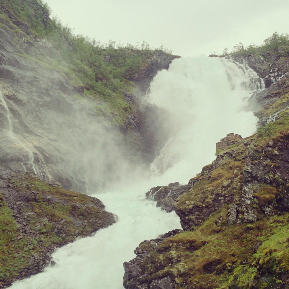 Flamsbahn-Kjosfossen-Wasserfall