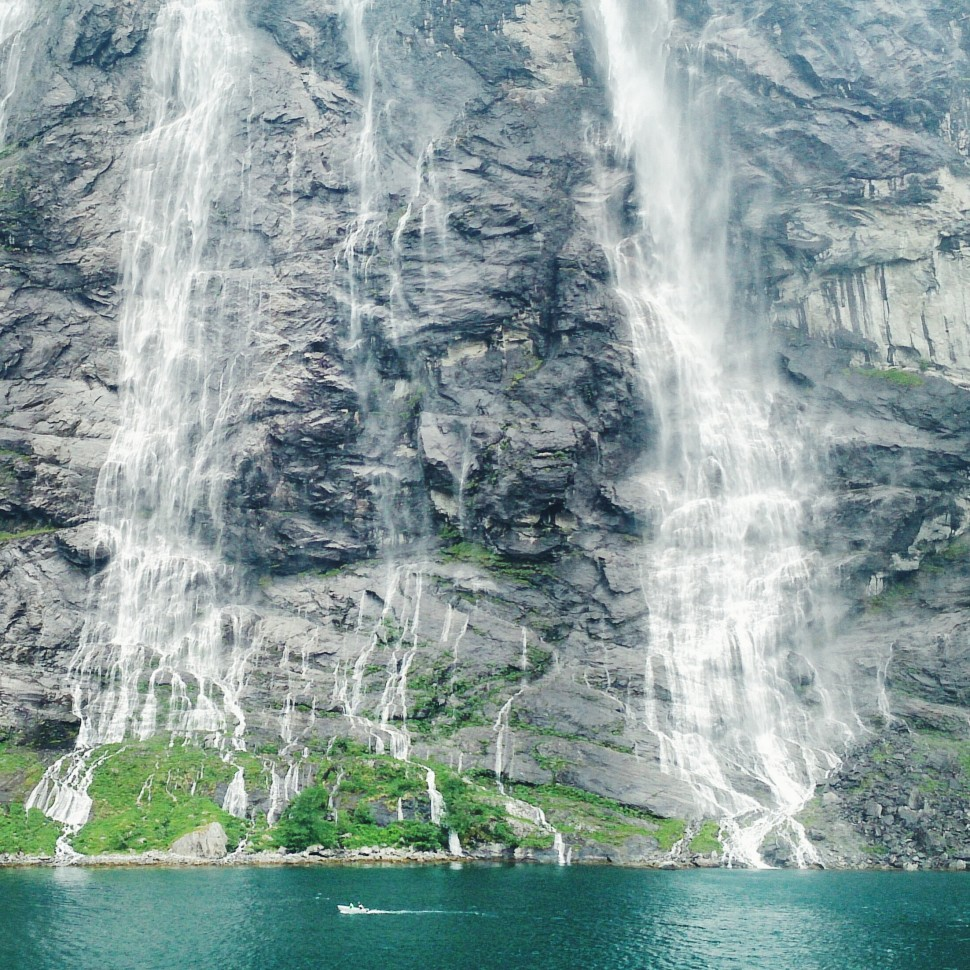 Geirangerfjord-SevenSisters-Wasserfall-1