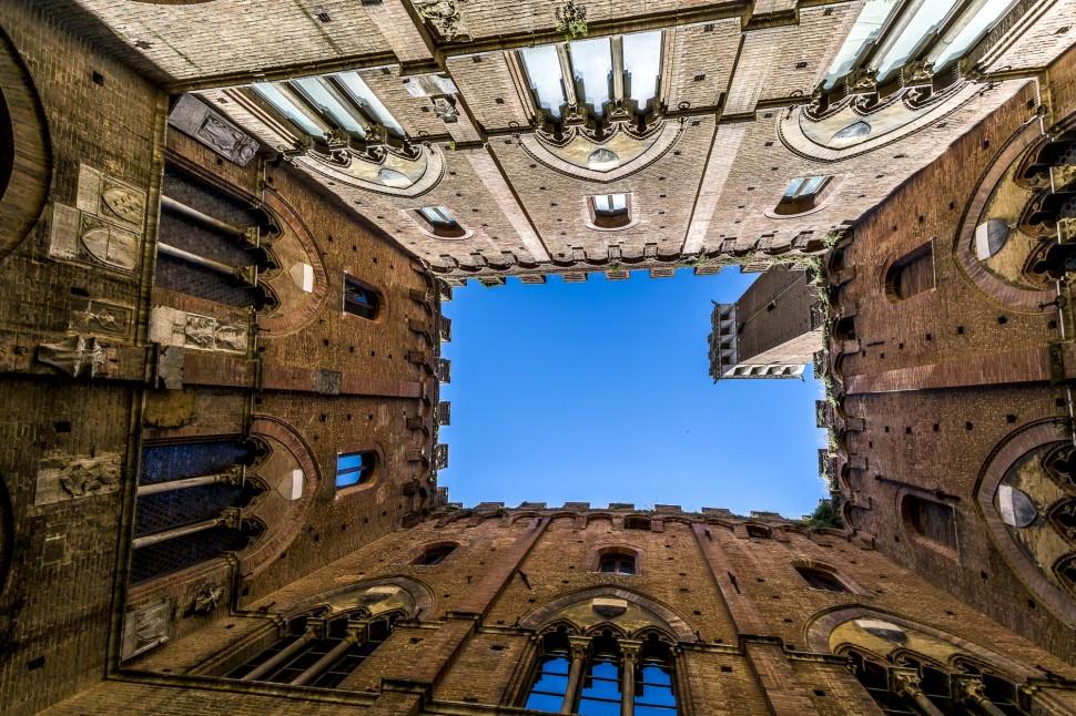 siena-torre-del-Mangia-1