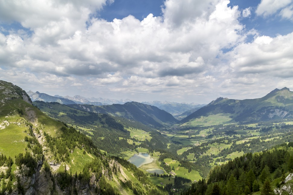 gstaad-Panorama-Lauenensee-1