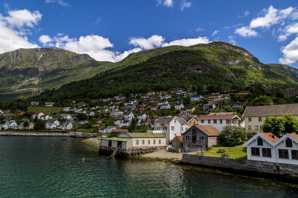 Aurlandsfjord-Aurland