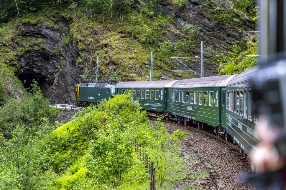 Flamsbahn-Flamdalen-FjordTour