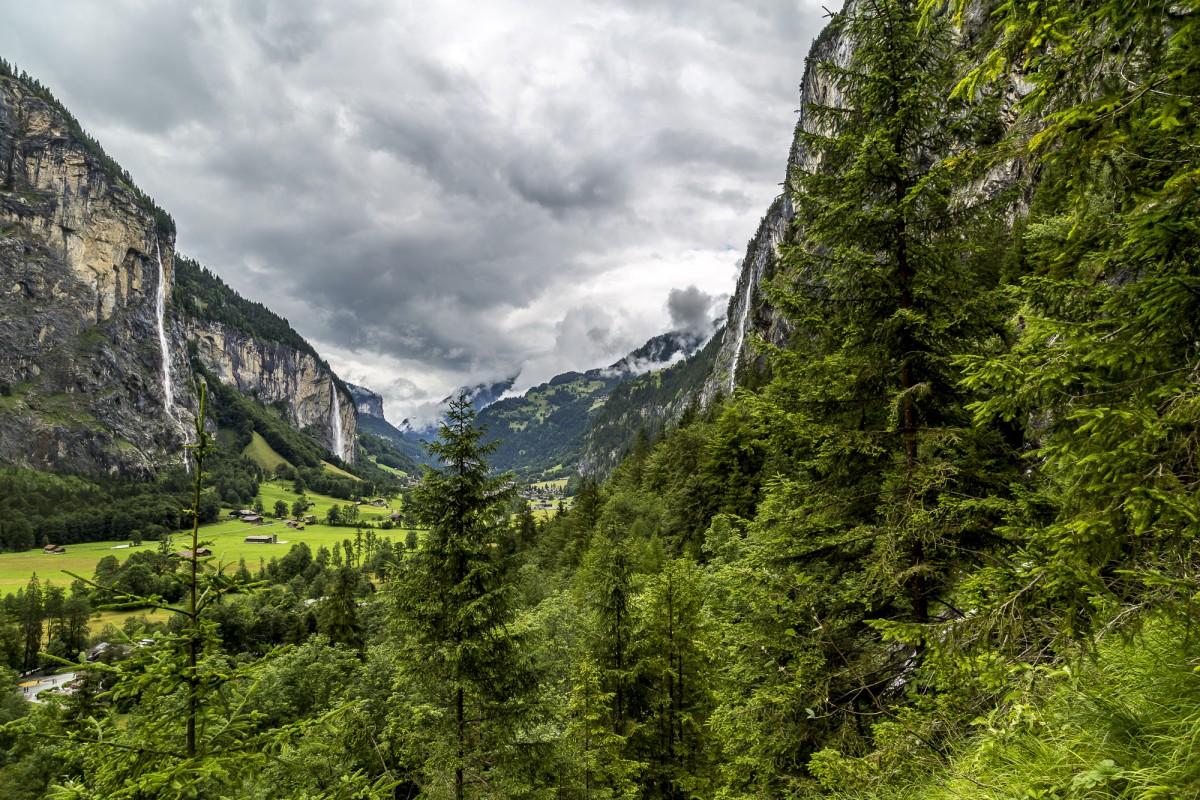 Lauterbrunnen – das Tal der tosenden Wasserfälle