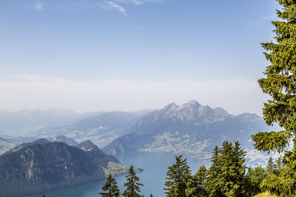 Rigi-Felsenweg-Aussicht