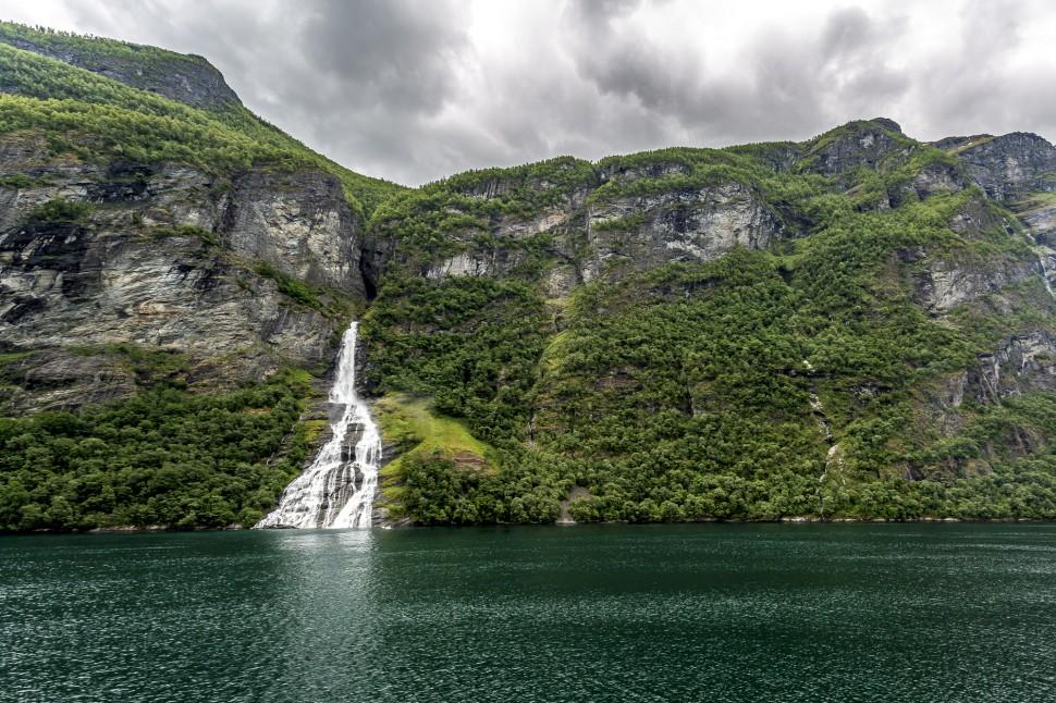 hurtigruten-Geirangerfjord-4