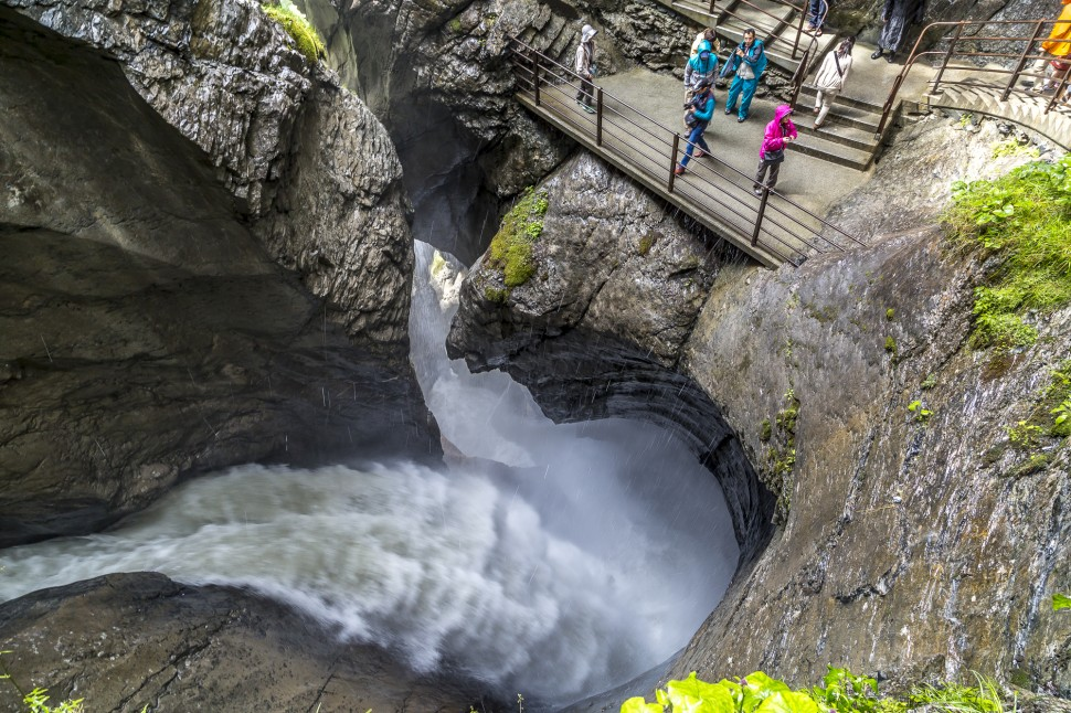 lauterbrunnen-Trümmelbachfälle-1