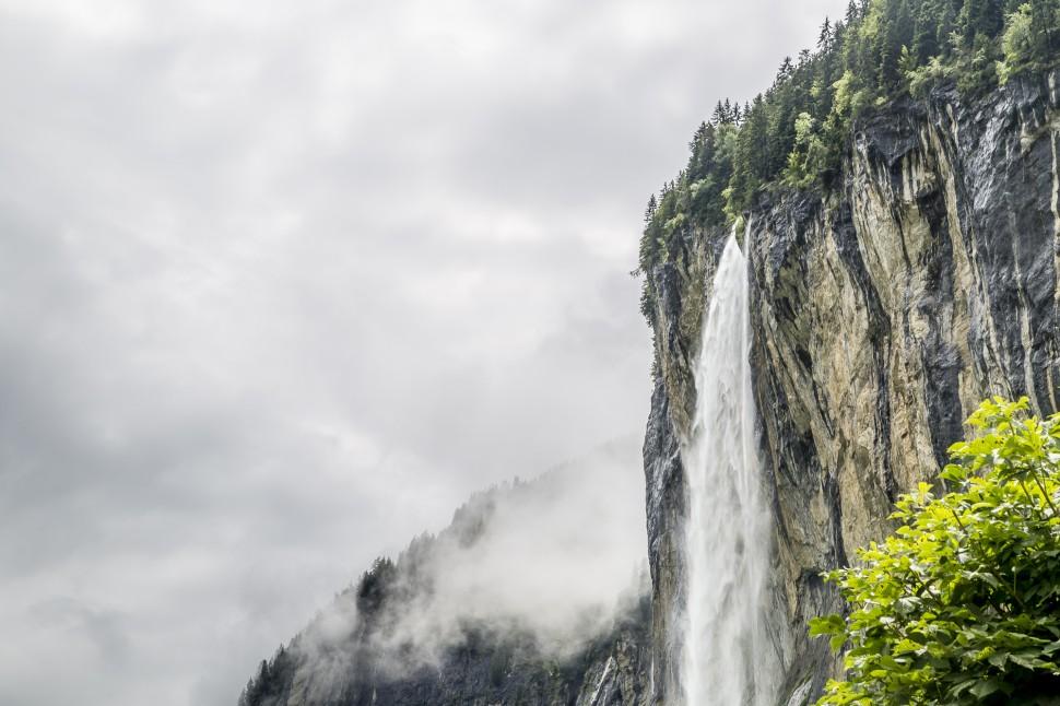 lauterbrunnen-staubbachfall-1