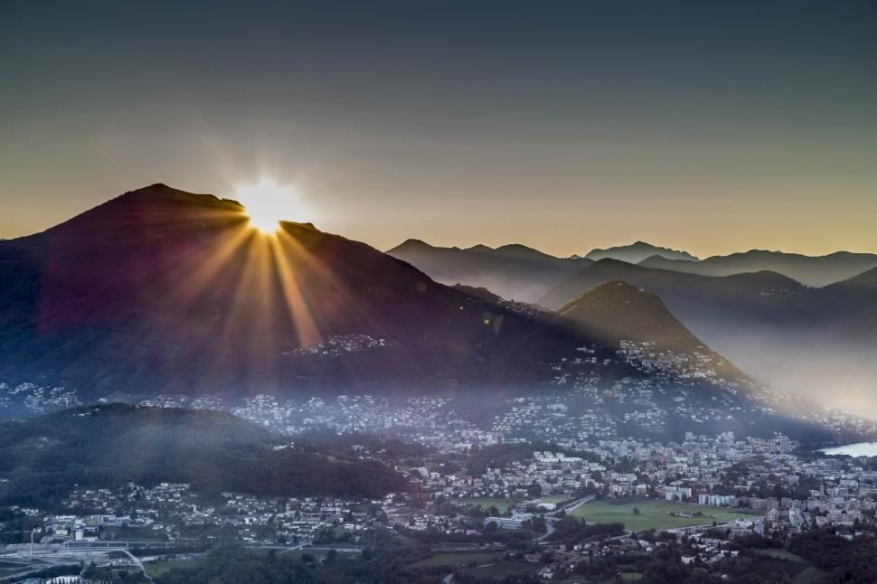 Kurhaus-Cademario-Sonnenaufgang