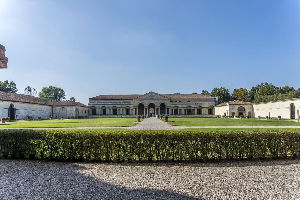 Palazzo-Te-19