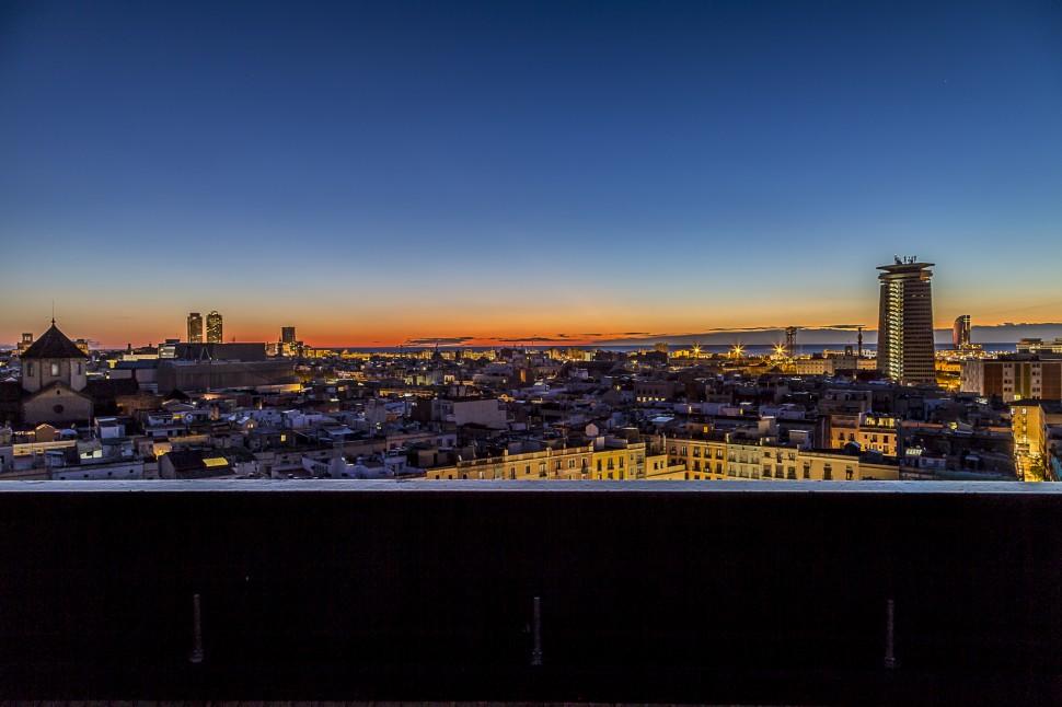 Barcelo-Raval-Sonnenaufgang-1