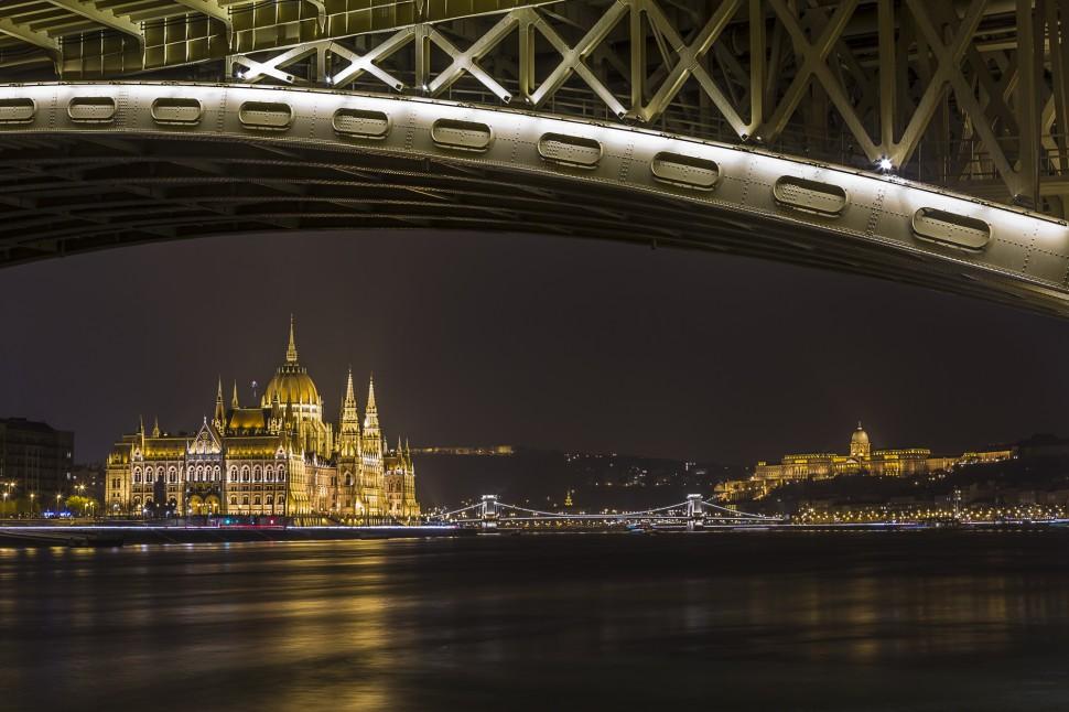 budapest-margaretenbruecke-nacht