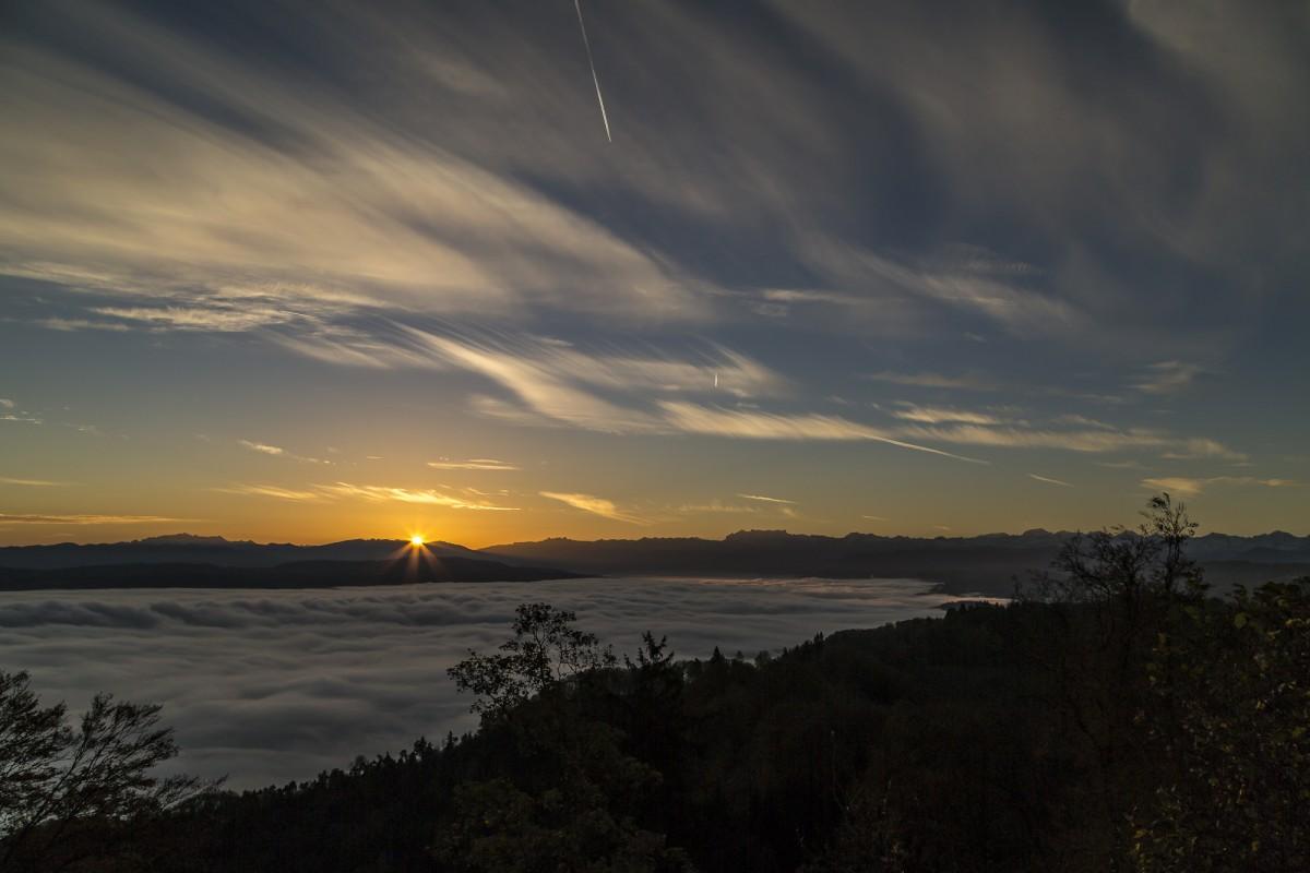 Sonnenaufgang – Sonntags auf dem Uetliberg