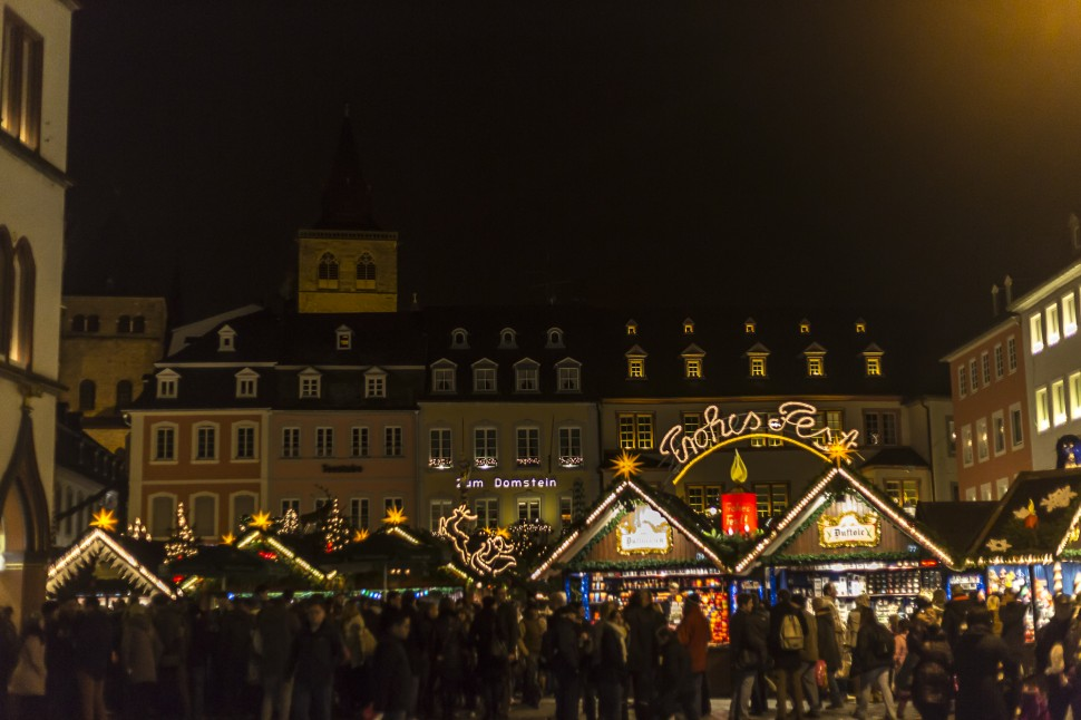 Trier-Frohes-Fest-Weihnachten