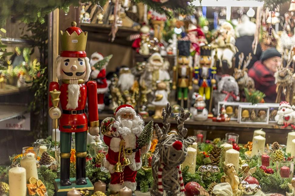 Trier-Weihnachtsmarkt-Handarbeit