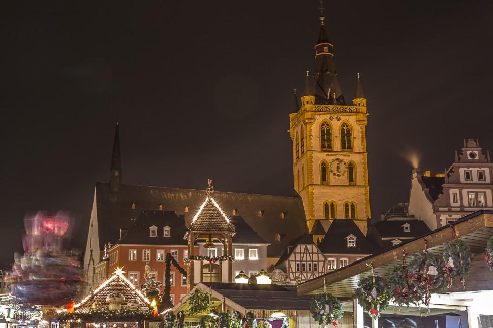 Trierer-Weihnachtsmark-Hauptmarkt-1