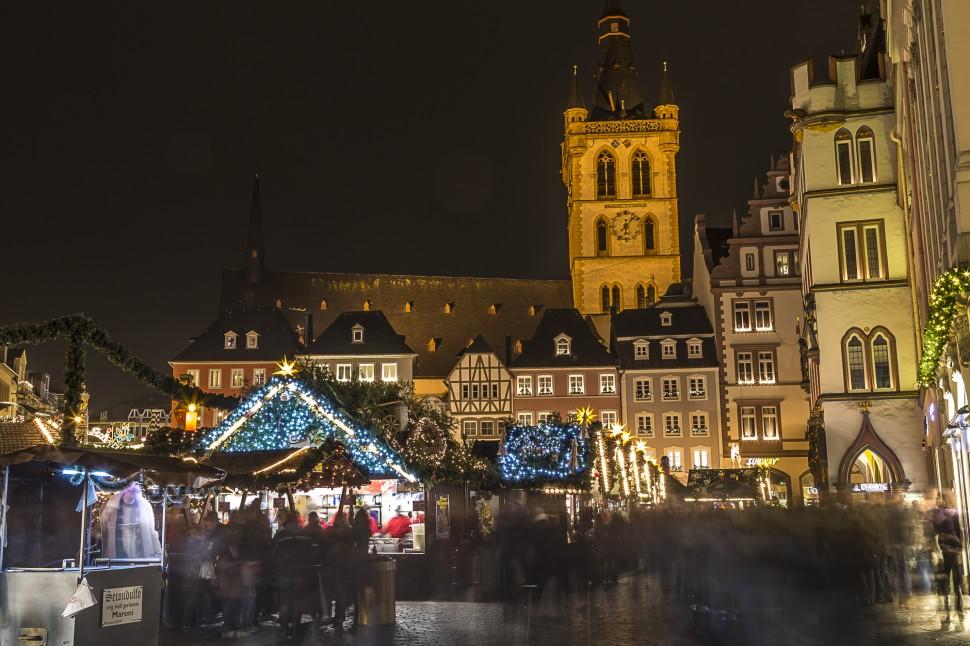 Trierer-Weihnachtsmark-Hauptmarkt-2