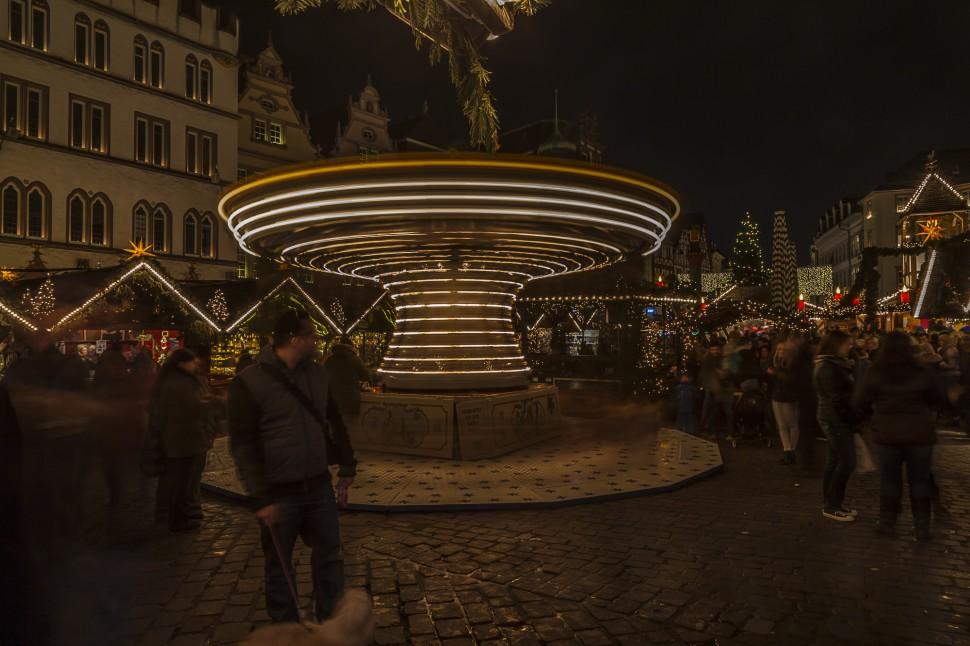 Trierer-Weihnachtsmark-Hauptmarkt-3