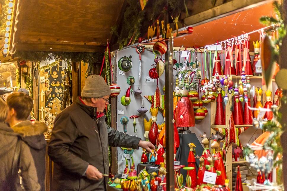 Trierer-Weihnachtsmarkt-Handarbeit
