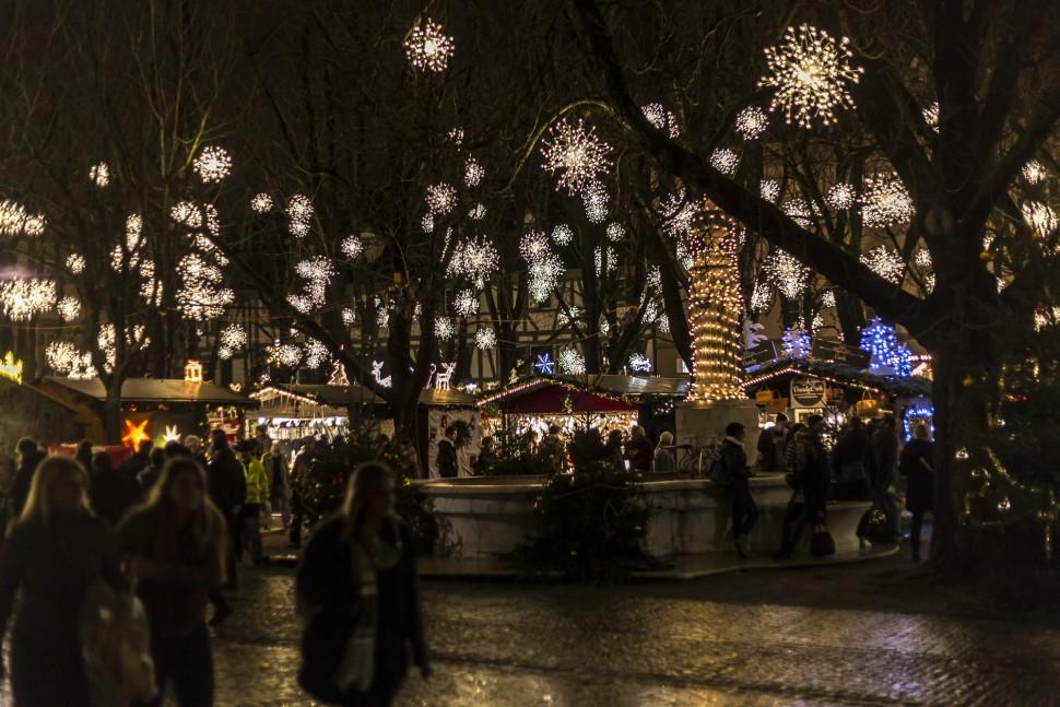 Weihnachtsmarkt-Basel-1