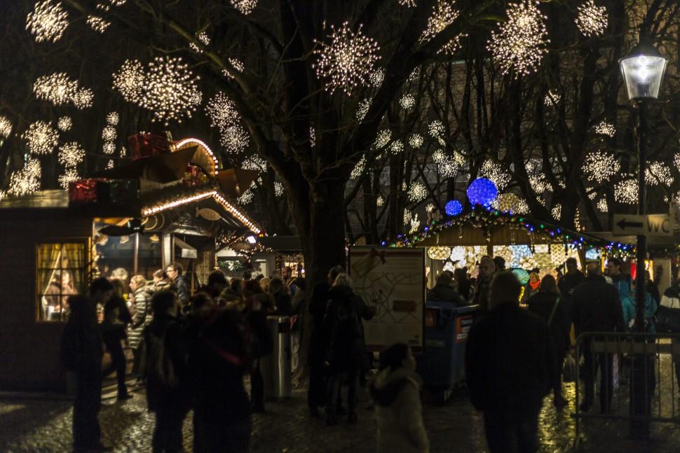 Weihnachtsmarkt-Basel-2