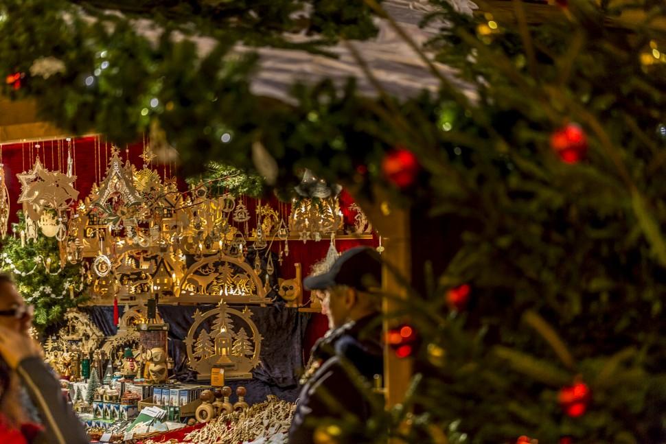 Weihnachtsmarkt-Basel-8