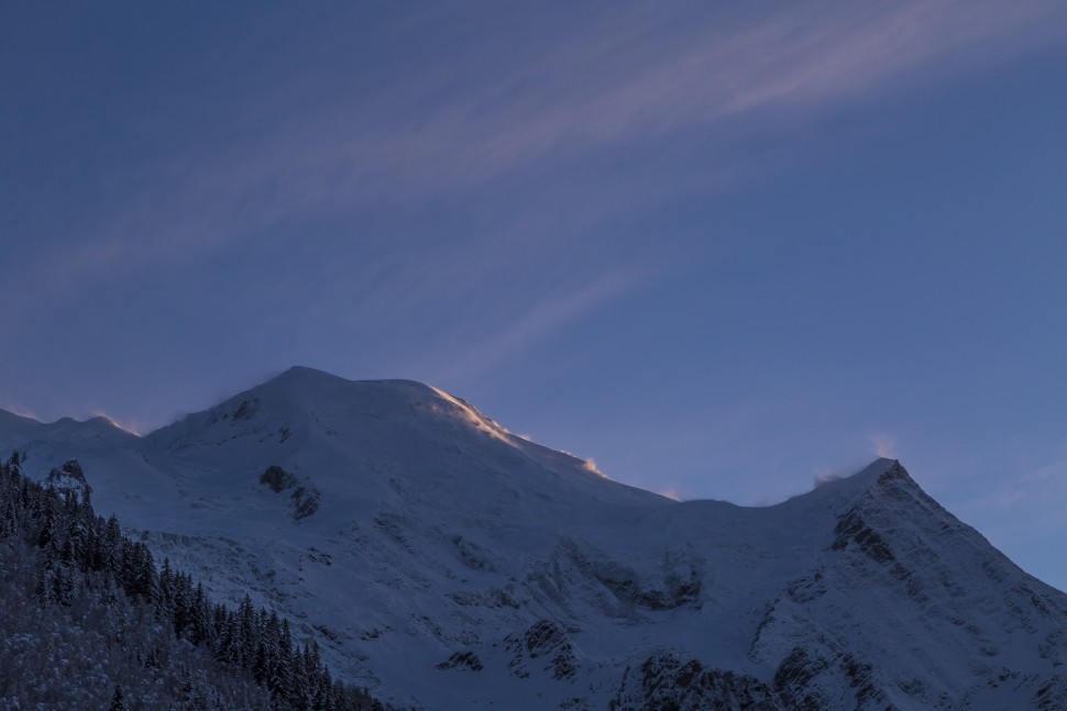 Blue-Hour-Mont-Blanc