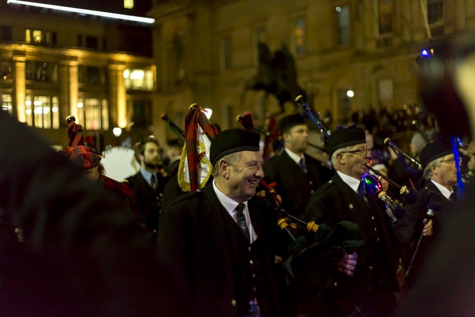 Edinburgh-Hogmany-torchlight-procession-1