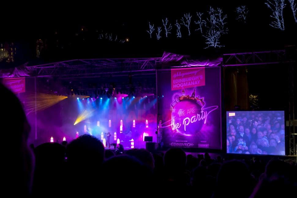Hogmany-Concert-in-the-Garden-3