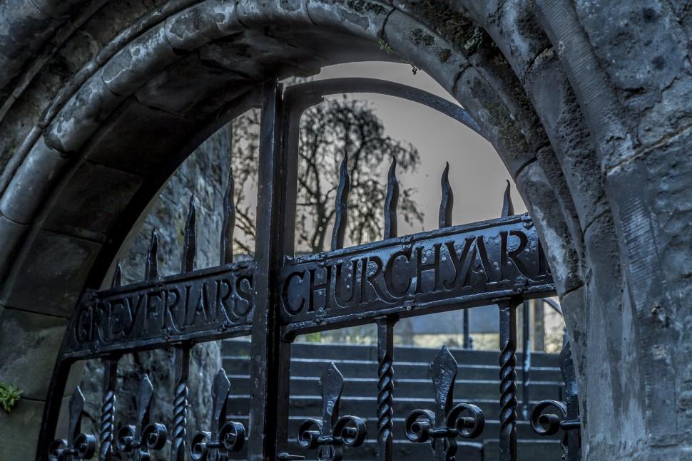 edinburgh-greyfriars-kirkyard-1