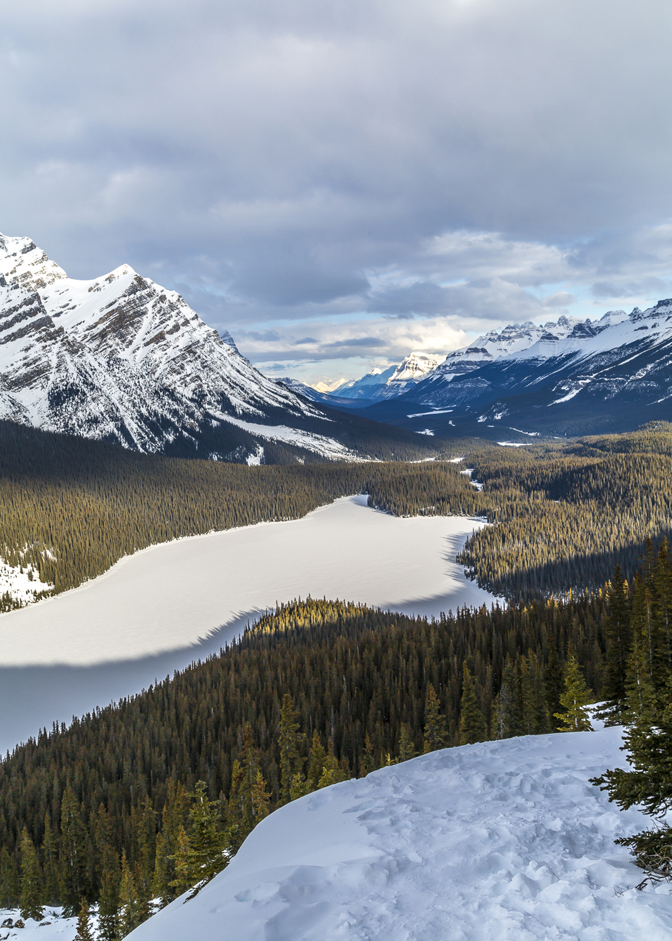 Bow-Summit-Peyto-Lake