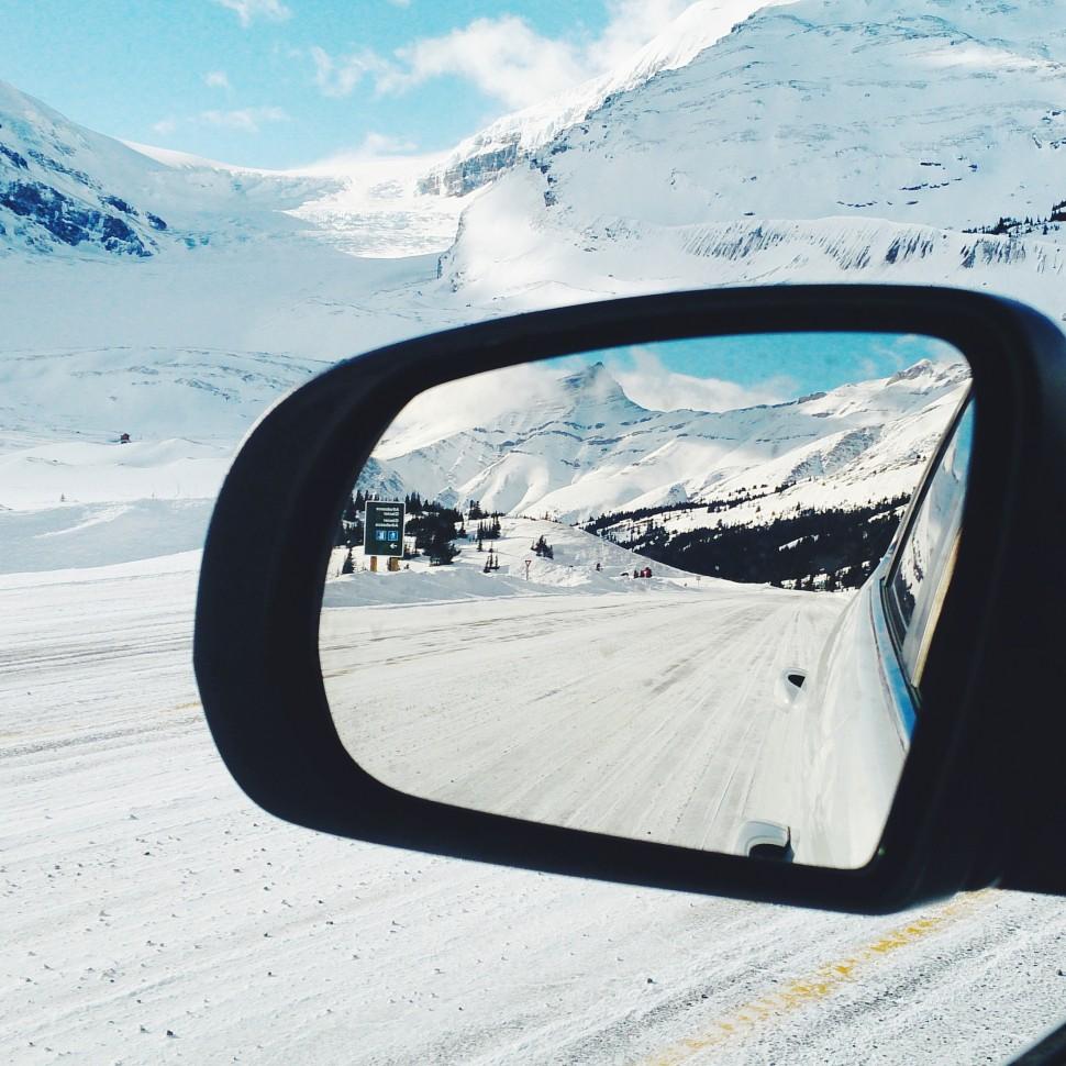Mirror-roadtrip
