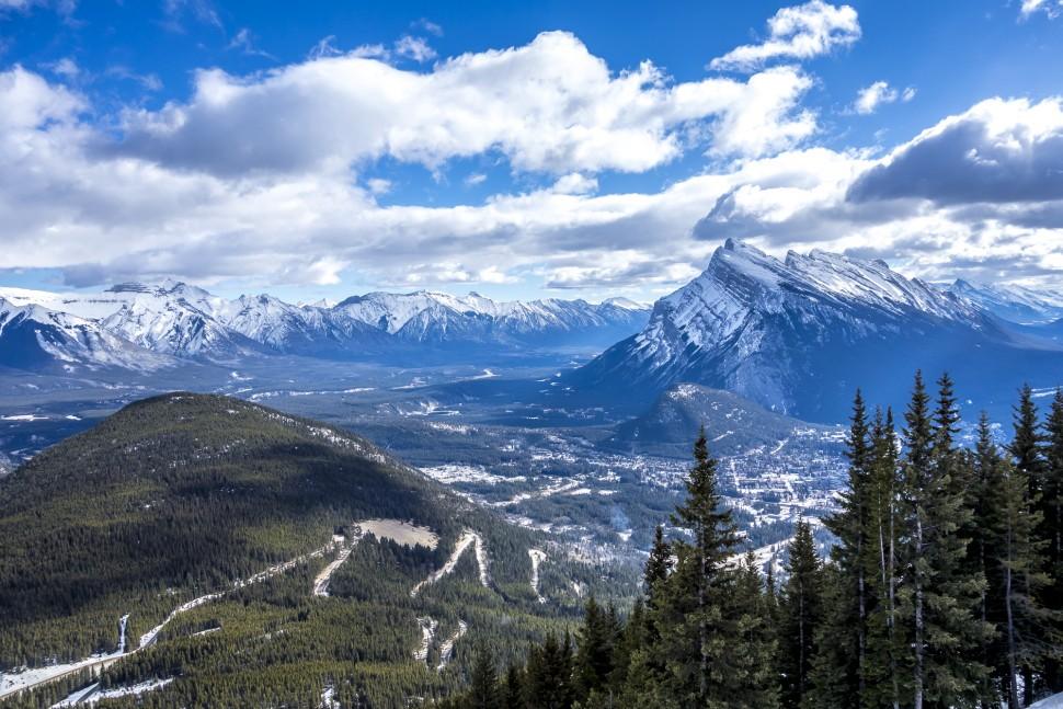 banff-mount-norquay-north-America-charilift