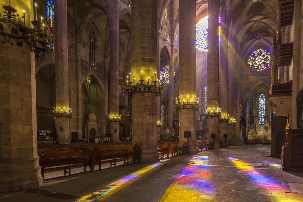 Catedral-de-La-Seu-inside