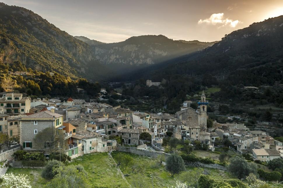 Sonnenaufgang-Valldemossa-Mallorca