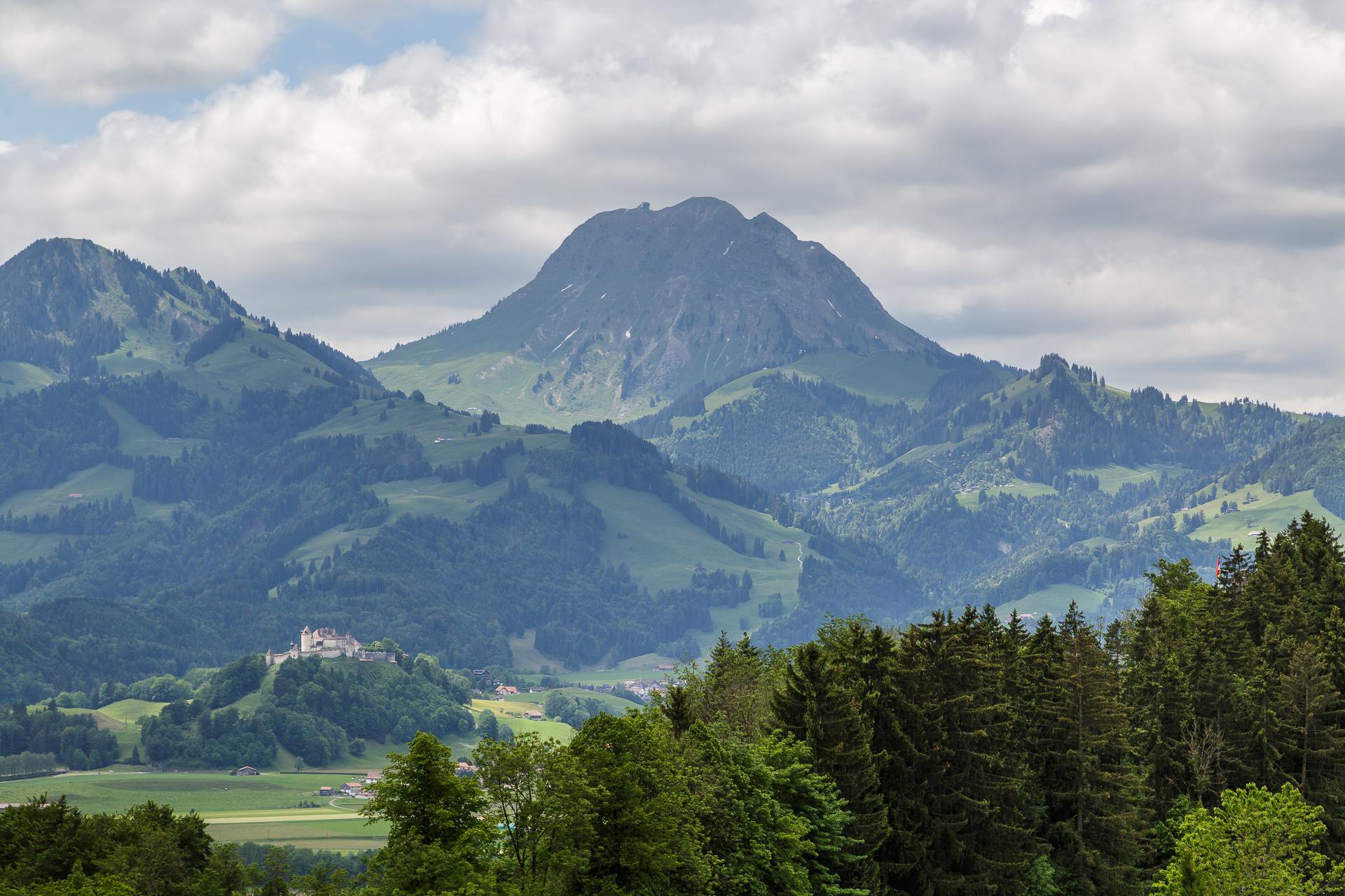 Panorama-Chemin-de-Gruyeres