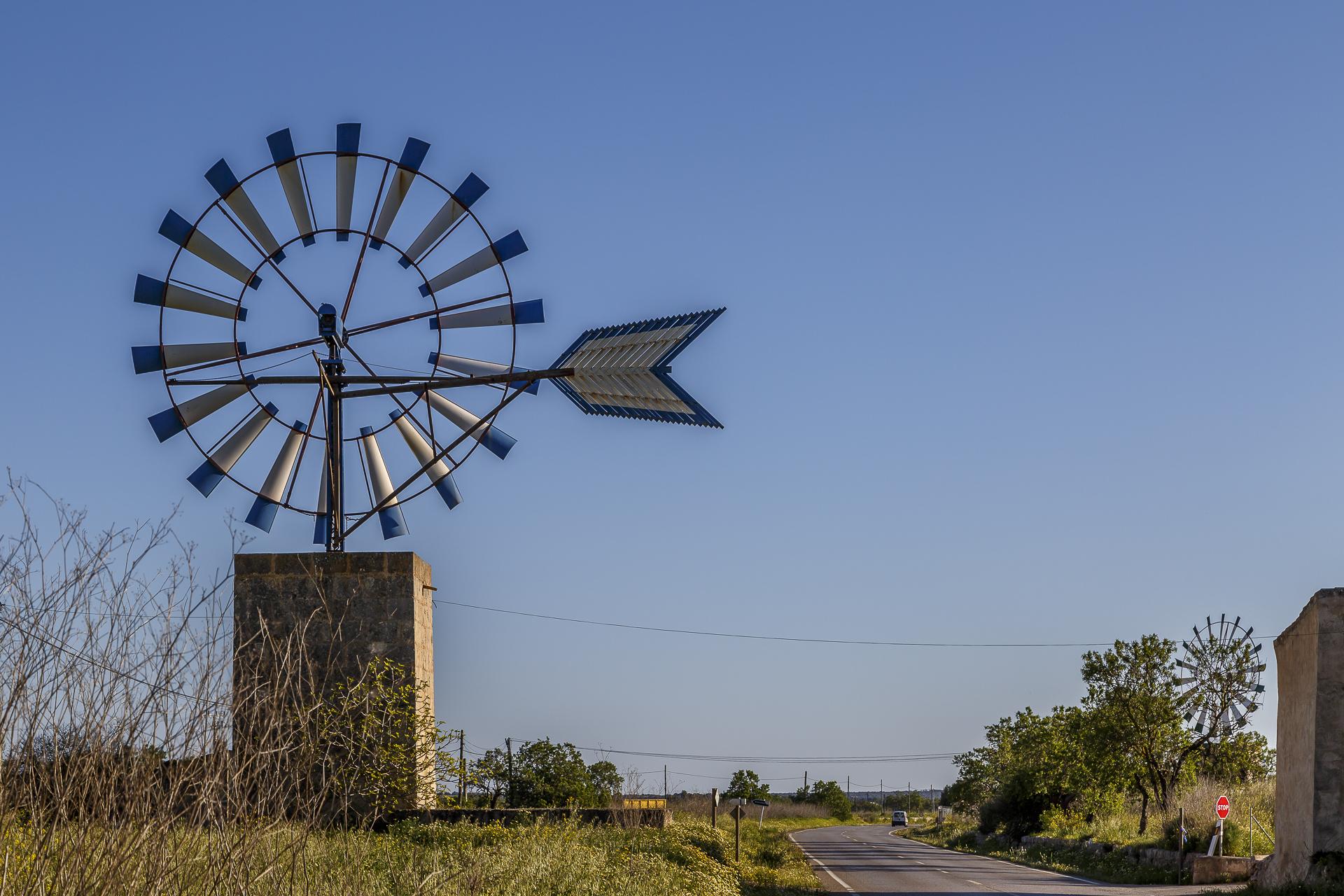 Windmuehlen-auf-Mallorca-3