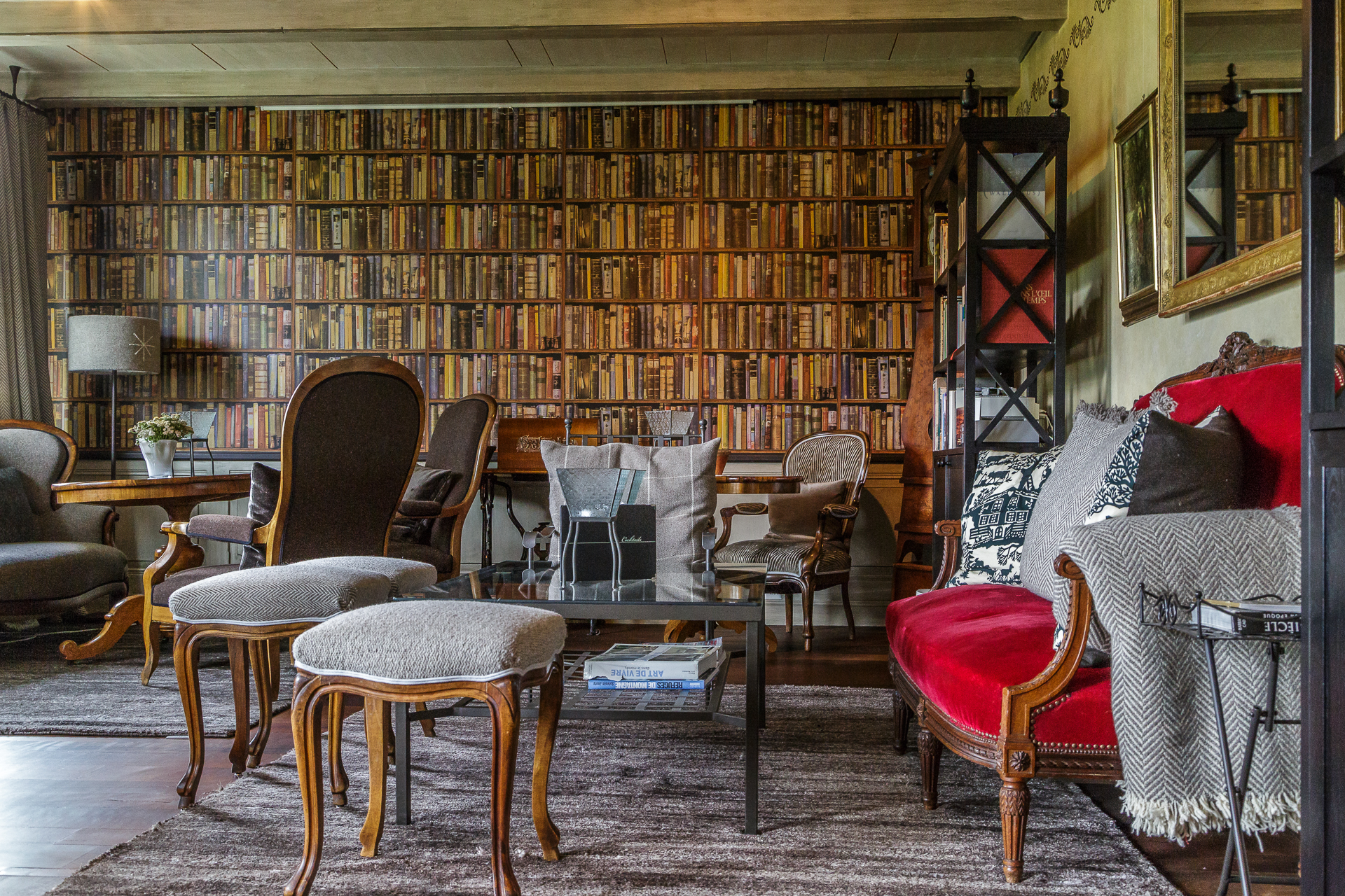 Hotel-Bella-Tola-Lounge-1