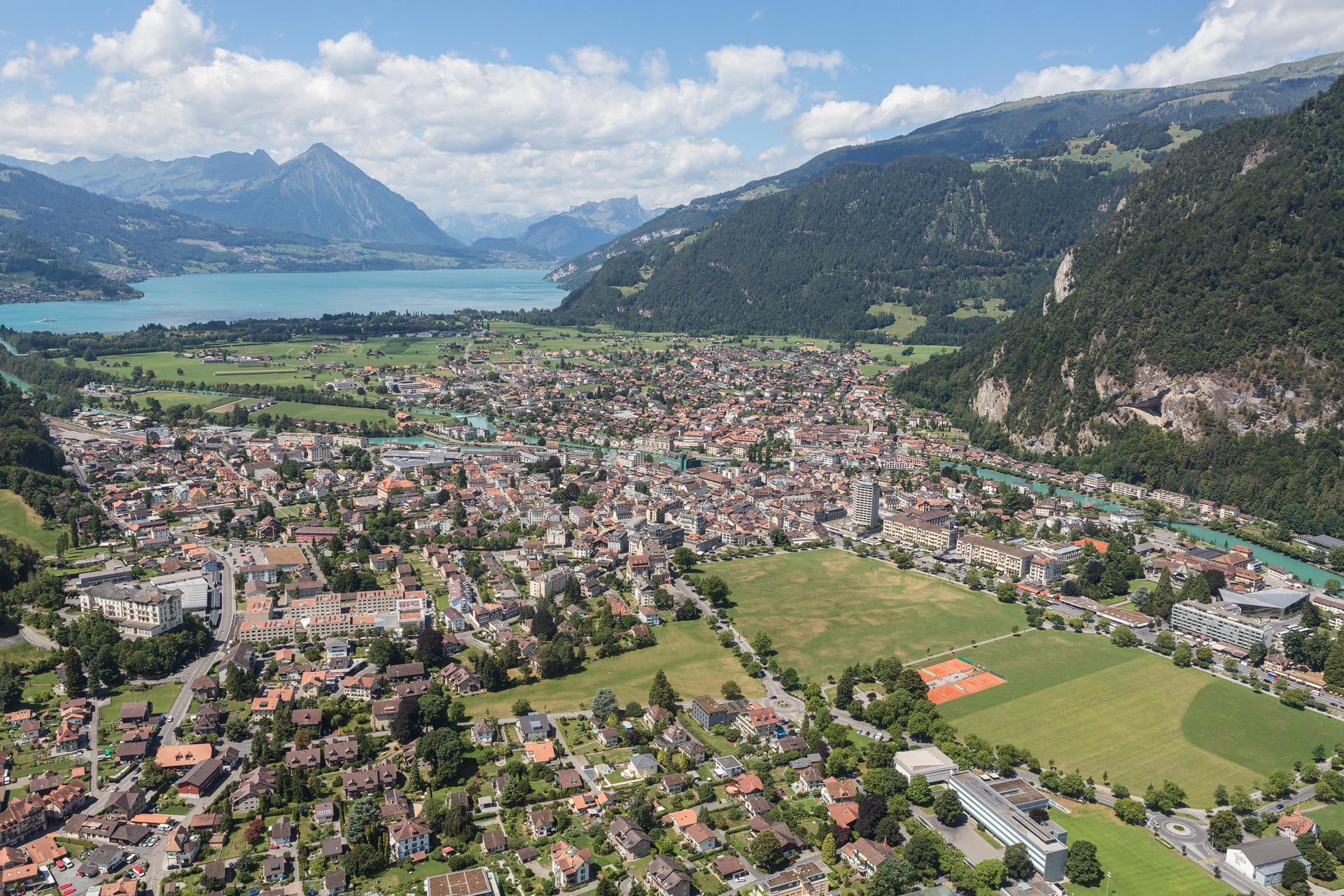 Mamo-Photography-Zepellin-Interlaken-Panorama